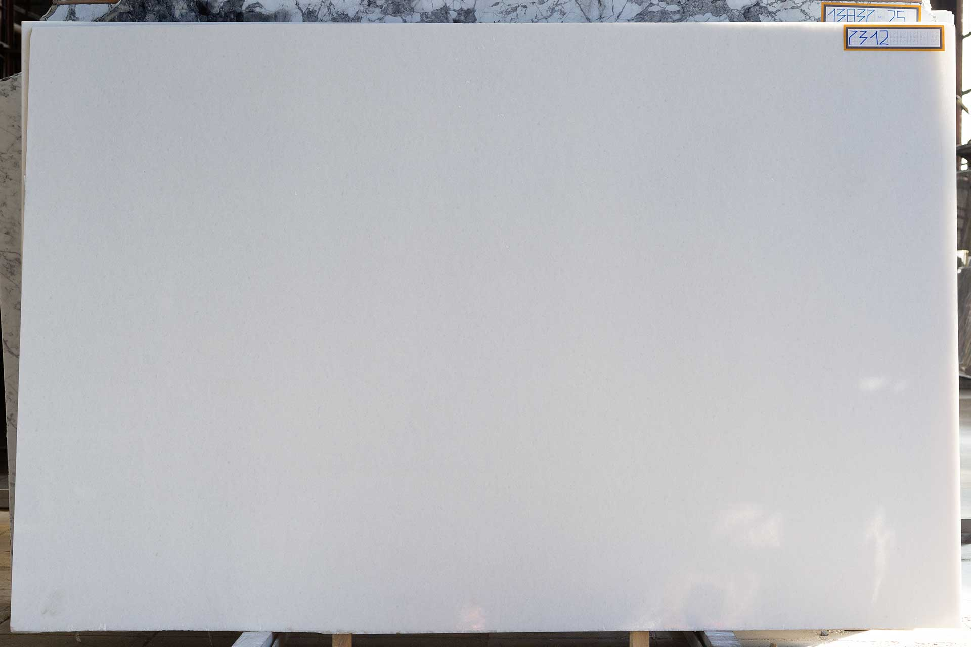 Мрамор Абсолют Вайт / Absolute White фото